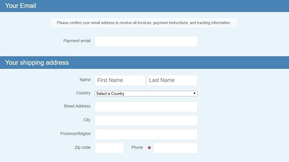 Před platbou je nutné vyplnit pár kontaktních informací.
