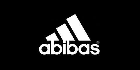 Mnohdy je na obrázku produktů viditelné logo společnosti, které je ale nějakým způsobem zdeformované.