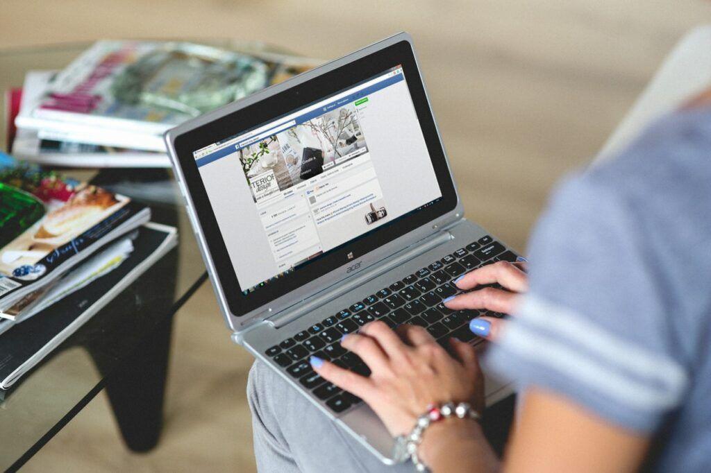 Jak prodávat na Facebooku – Facebook marketplace