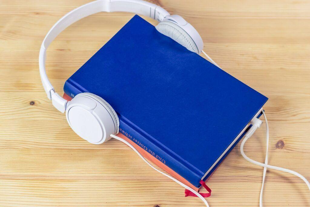 Audiokniha je skvělou alternativou pro zaneprázdněné milovnice knih.