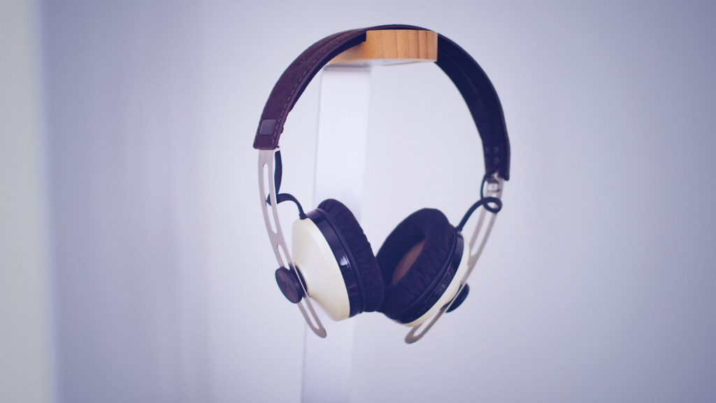 Je-li hudba koníčkem obdarované, pak nová sluchátka určitě ocení.