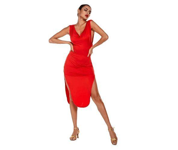 LightInTheBox nabízí i šaty na latinu. Zajisté tak potěší všechny profesionální tanečnice.