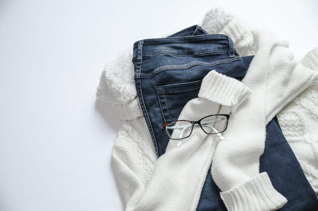 Levné oblečení z Číny bývá často tím nejpopulárnějším druhem zboží, které si zákazníci z AliExpressu objednávají.