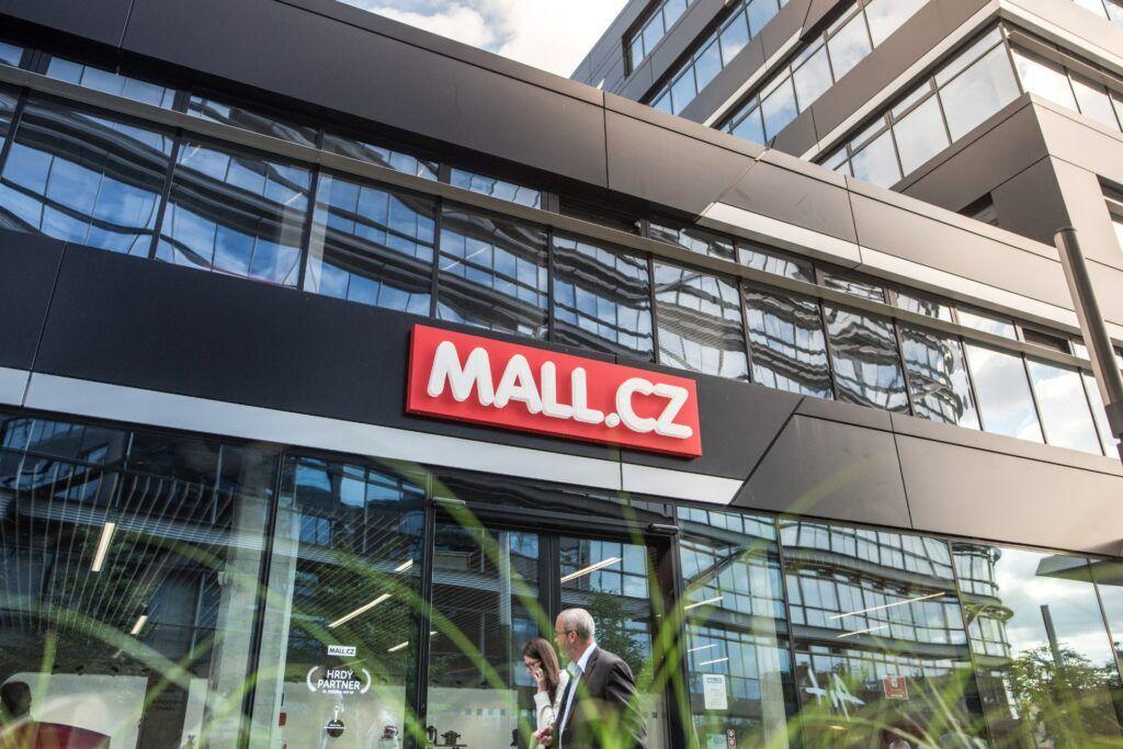 Mall chystá půjčky pro menší e-shopy – jaké budou podmínky?