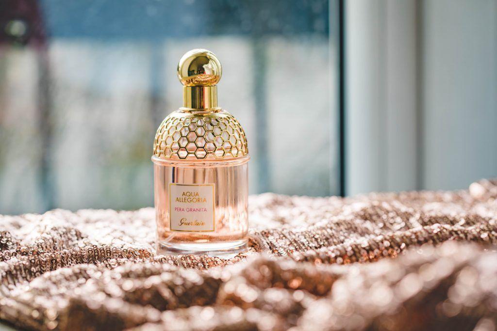 E-shop Růžový slon nabízí také parfémované feromony, které je možné využít pro zvýšení sexuální přitažlivosti.
